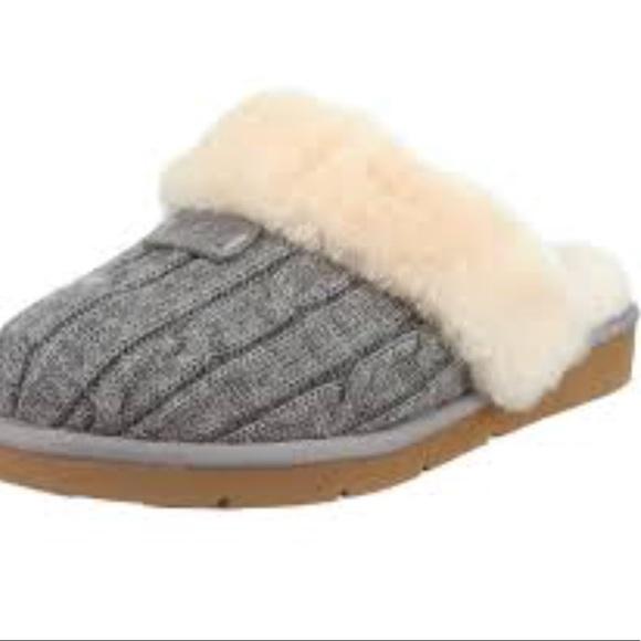 8f211c95f43 UGG Australia Cozy Knit Slippers Gray Size 11